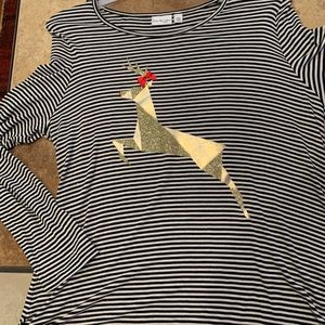 Long sleeve stripes Tee w/ holiday deer applique